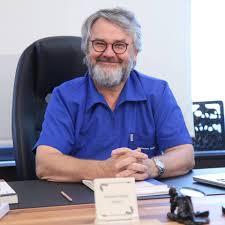 Dr. Mehmet Akgün