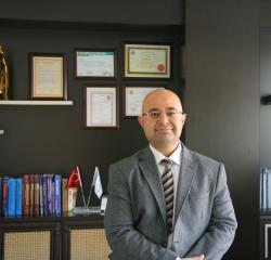 Op.Dr. Reşat Altuğ Aktaş